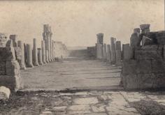 Intérieur de la basilique Tébessa, mars 1911